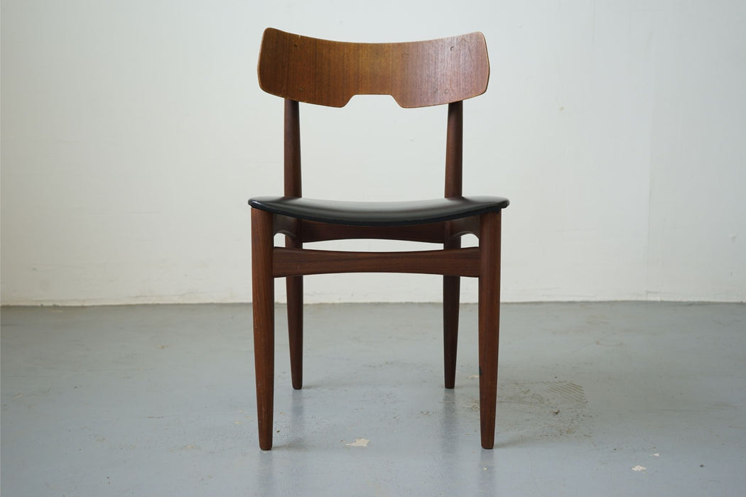 Scandinavian Chair Made With Teak - (315-014.7)
