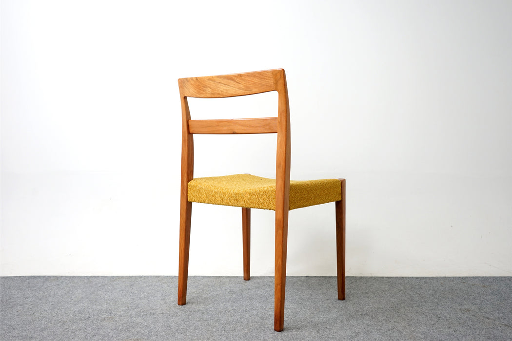 Set of 8 Swedish Walnut Dining Chairs By Nils Johnsson - (D789)