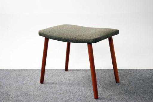 Beech Wood & Wool Scandinavian Footstool - (318-036)