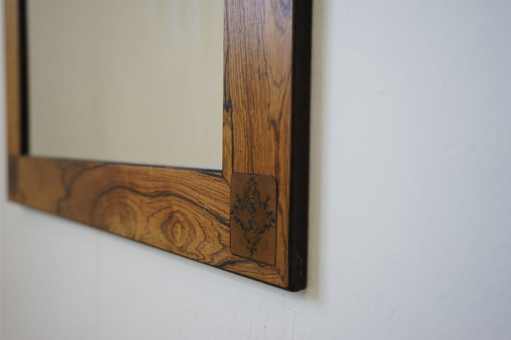 Scandinavian Mirror Made With Rosewood- (314-113.3)