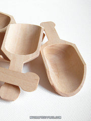 "10 Natural Wood Scoops, 4.5"" Long"