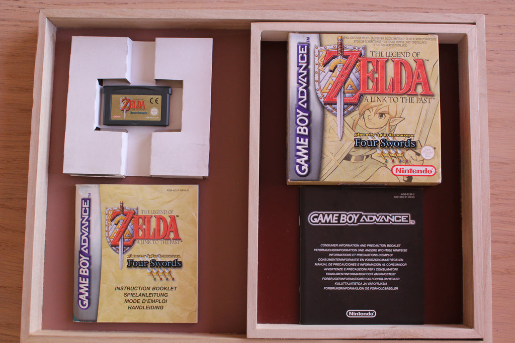 Jeu Gameboy Advance - The Legend of Zelda : A Link to the Past + Four Swords