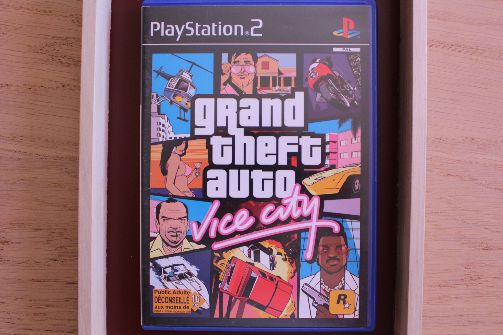 Playstation 2 - Grand Theft Auto : Vice City