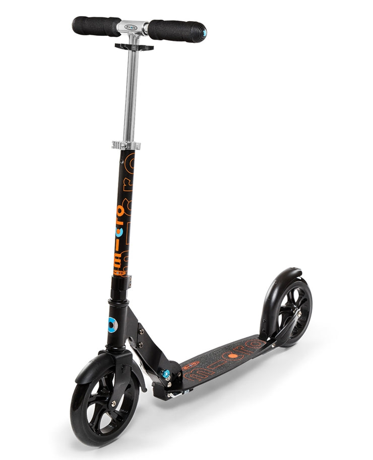 Micro Classic Black Scooter
