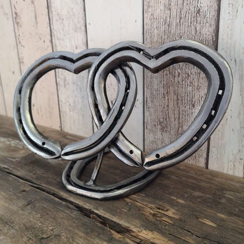 Horseshoe Interlocking Love Hearts