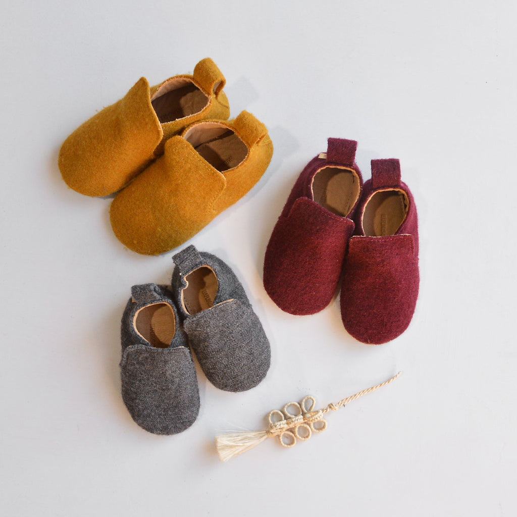 Baby Wool/Leather Slippers (3-6m) *Last ones