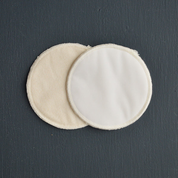 Breast Pads in Organic Cotton with microfibre waterproof outer