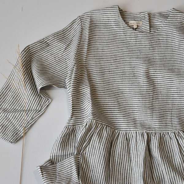 Women's Pocket Dress in 100% Linen - Grey/White Striped