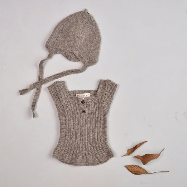 SET - Rico Vest & Hat in Baby Alpaca - Light Brown (6-12m only)