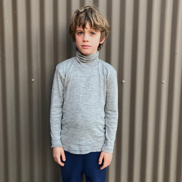 Child's Turtle Neck in Wool/Silk - Navy (1-14y)