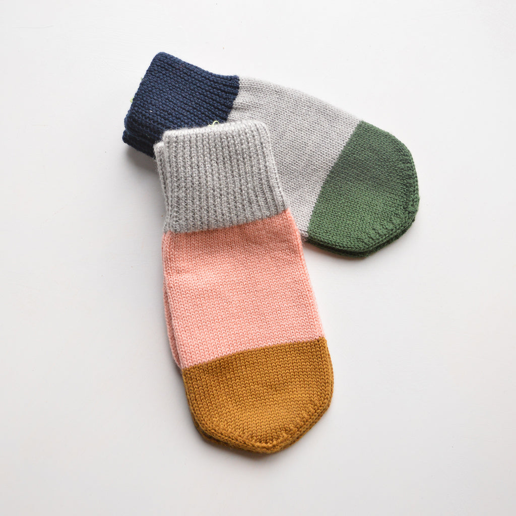 Knitted Mittens (pre-order)