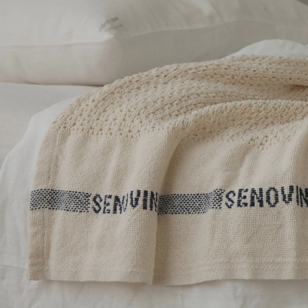 Senovinis Large Cotton Cell Blanket