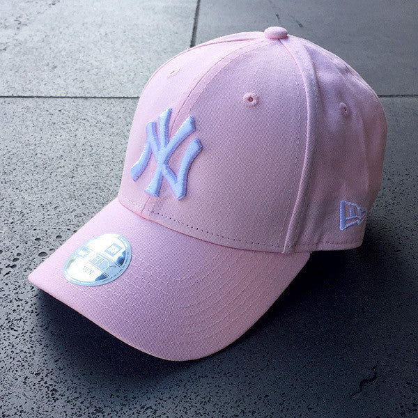 New York Yankees 9FORTY Adjustable Women's Cap - Pink