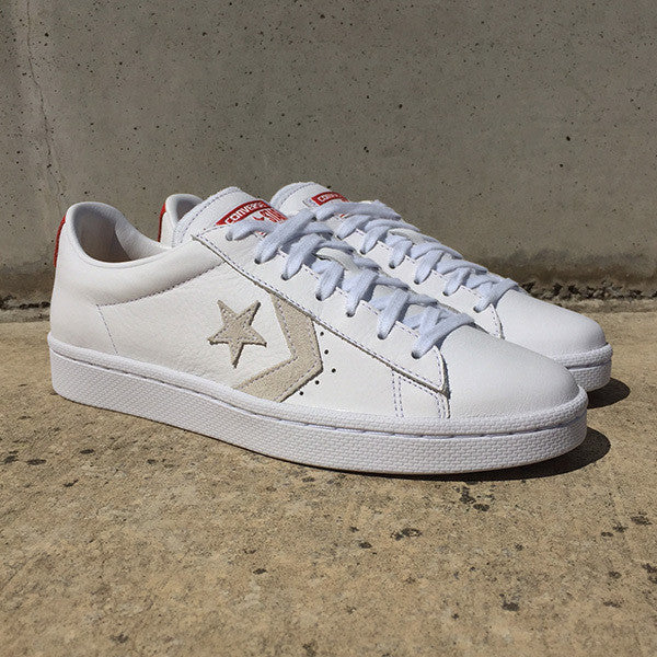 converse pro leather low white