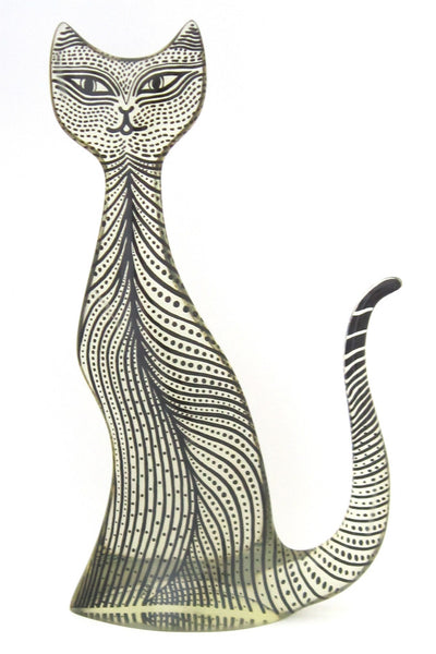 Abraham Palatnik huge cat sculpture