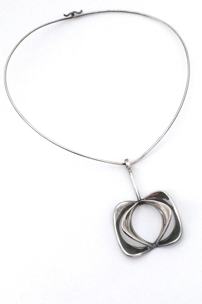 necklace stone necklaces neck sclear silverclear it pendant en