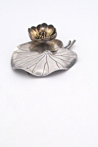 Anton Michelsen Denmark vintage dimensional silver large lily pad brooch