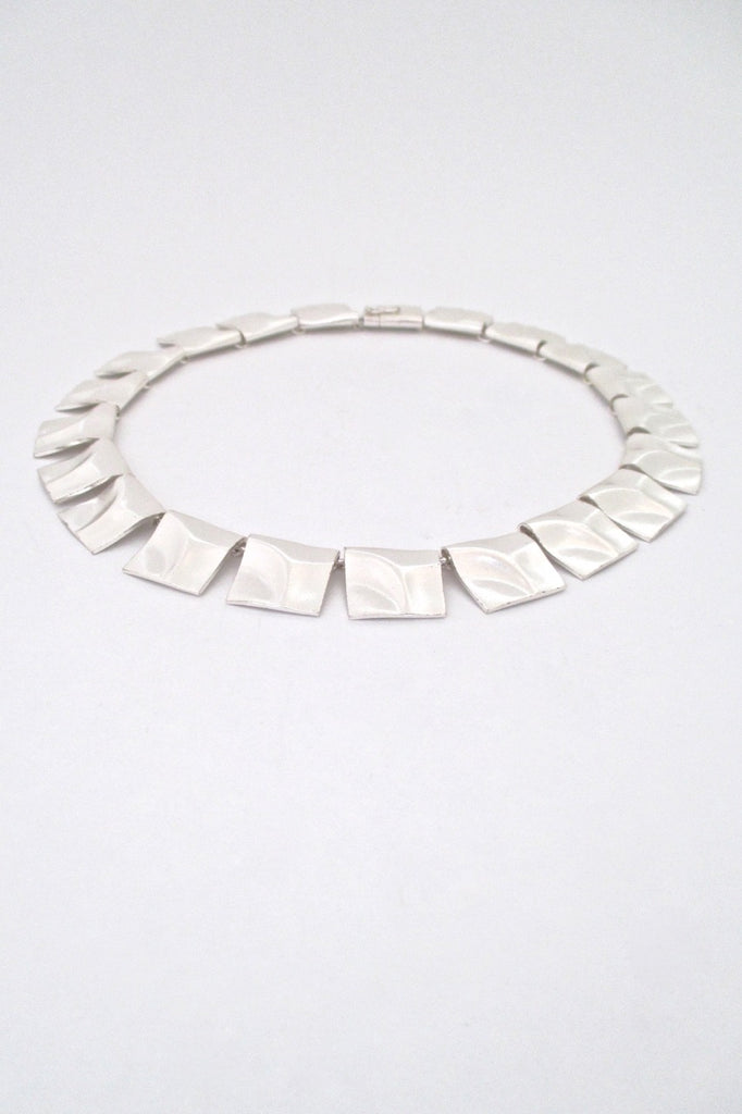 profile Bjorn Weckstrom for Lapponia Finland vintage silver Galactic Peaks link necklace