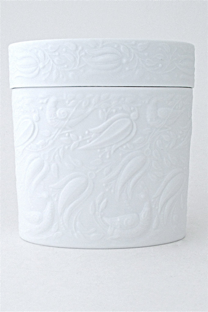 Bjorn Wiinblad for Rosenthal vintage modernist porcelain vines & birds lidded box