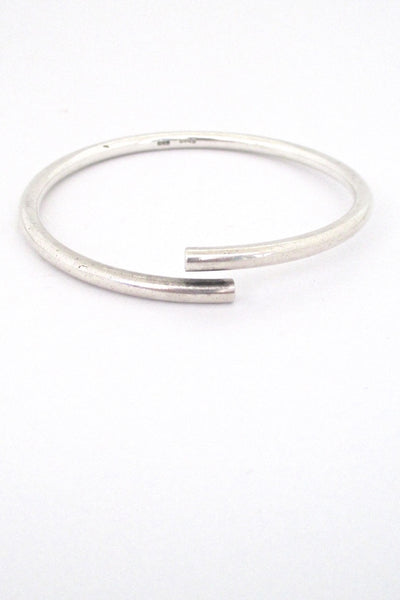 Egon Holmgaard Sorensen Denmark simple silver bypass bangle bracelet Danish Modern design