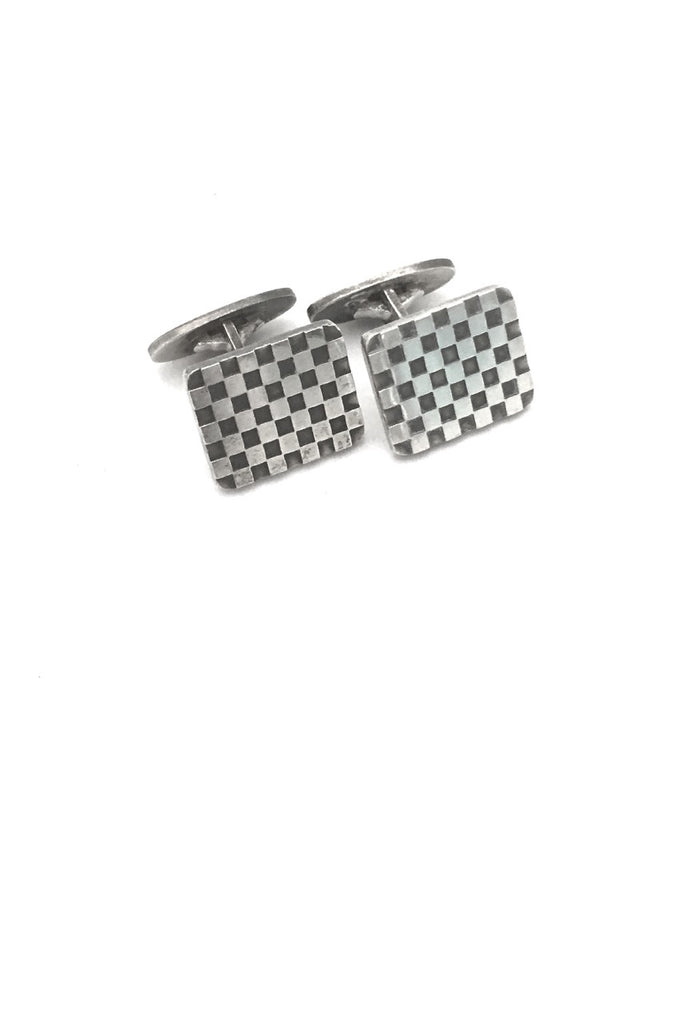 detail Georg Jensen Denmark vintage silver checkerboard cufflinks 113 by Flemming Eskildsen