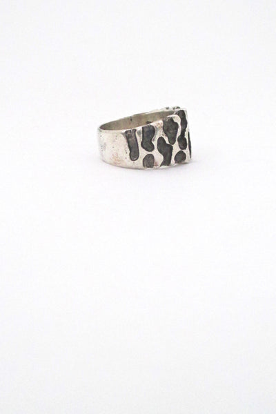 Robert Larin textured sterling tapered band ring