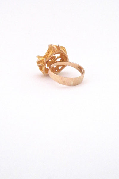 detail Bjorn Weckstrom for Lapponia Finland vintage large gold nugget 14k ring 1974