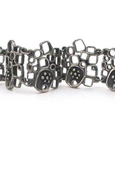 detail Guy Vidal Canada vintage brutalist pewter large windows & pods link bracelet 1970s