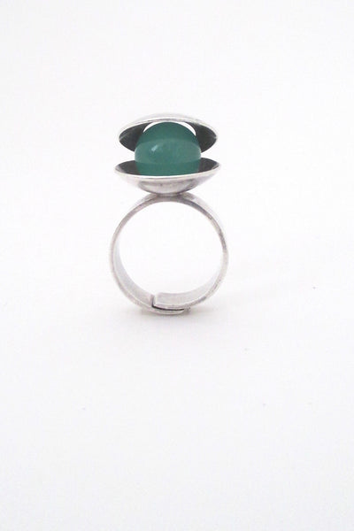 Elis Kauppi large kinetic chrysoprase ring