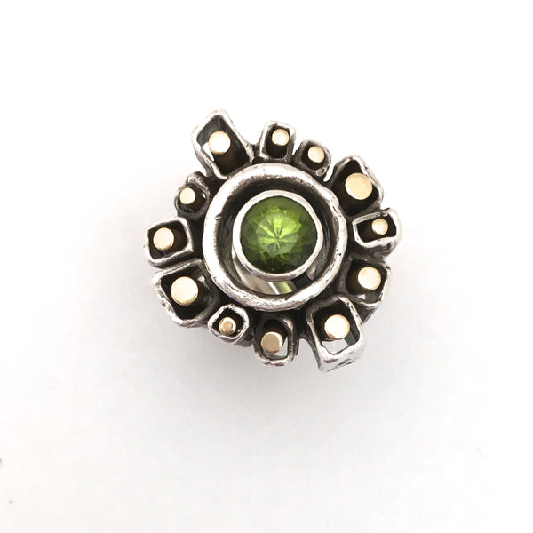 detail Walter Schluep Canada large vintage silver and gold brutalist ring with peridot mid century modernist jewelry design