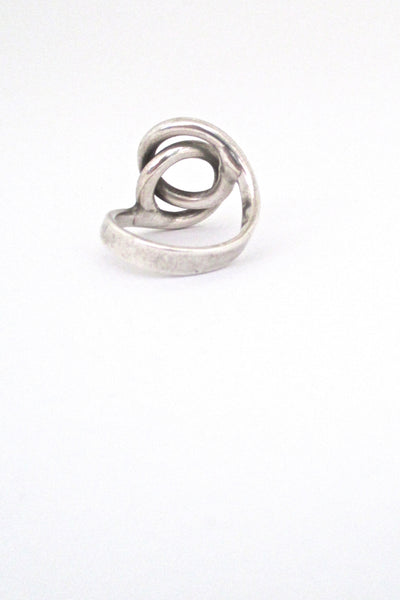 Plus Studios / Norway Design joined circles ring