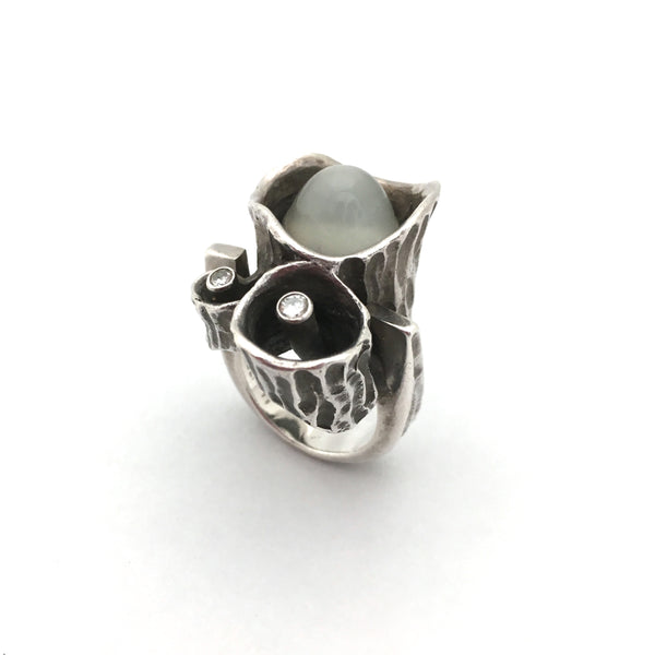 Walter Schluep large brutalist silver ring set with moonstone & diamonds