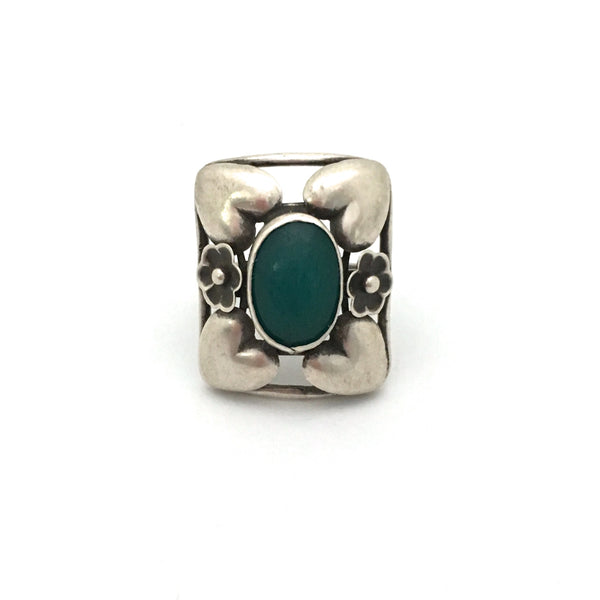 detail classic Scandinavian design extra large silver and chrysoprase ring Danish design jewelry