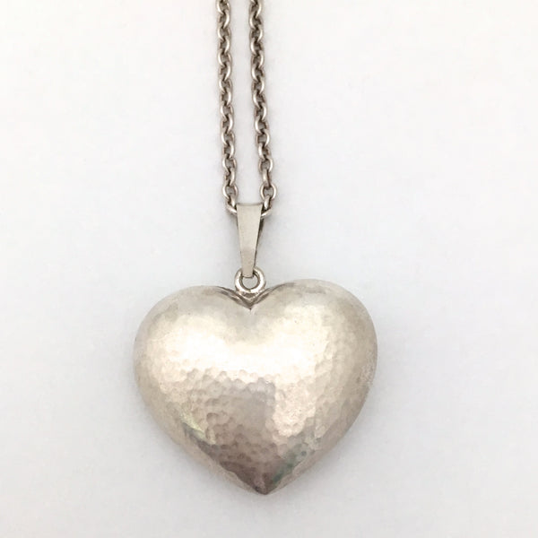 detail Hermann Siersbol Denmark vintage hammered silver heart pendant necklace