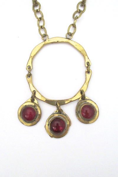 detail Rafael Alfandary Canada vintage brutalist brass red glass triple stone kinetic pendant necklace