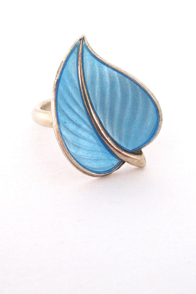 detail Hans Myhre Norway vintage mid century sterling and enamel leaf ring