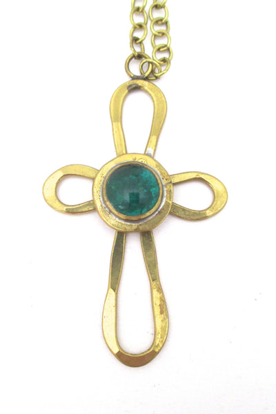 Rafael Canada pendant necklace - cross with grass green stone