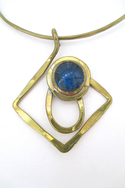 detail Rafael Alfandary Canada vintage brutalist brass and water blue glass choker necklace