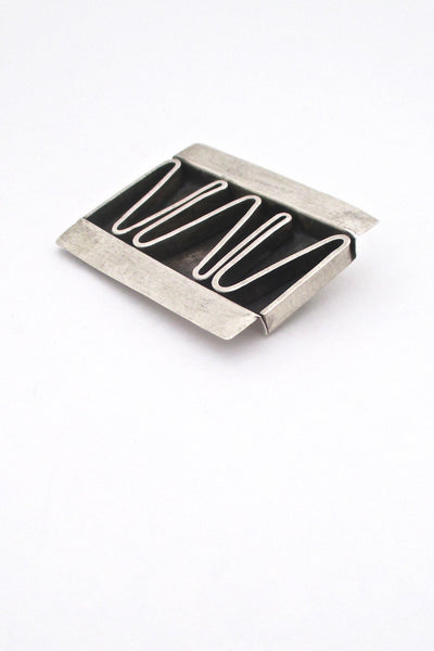 detail Betty Cooke USA American Modernist large silver shadowbox brooch