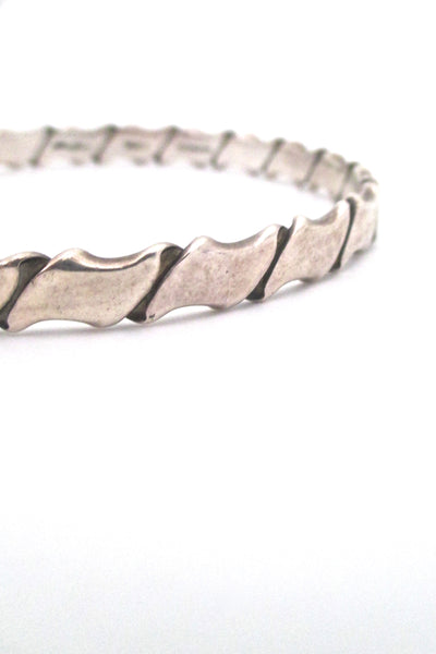 detail Hans Hansen Denmark vintage folded silver heavy bangle bracelet Scandinavian Modernist design