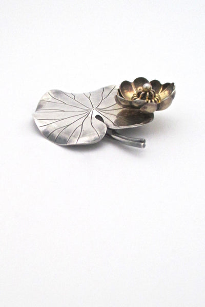 detail Anton Michelsen Denmark vintage dimensional silver large lily pad brooch