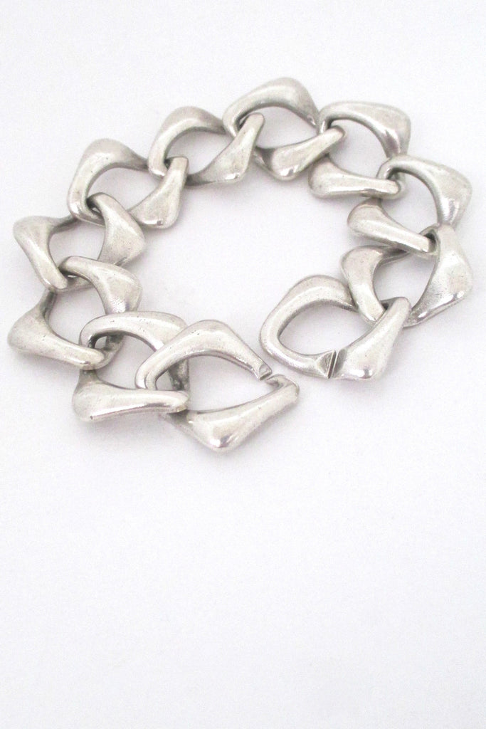 closure Yves St Laurent YSL vintage sterling silver heavy chain link bracelet