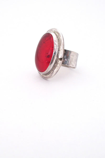 detail Rafael Alfandary Canada vintage brutalist sterling silver large red glass stone ring