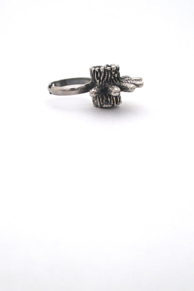 Robert Larin brutalist pewter 'rays' dimensional ring