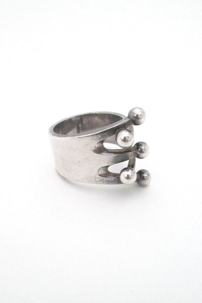 profile Anna Greta Eker for Plus Designs Norway vintage Scandinavian modernist Jester ring