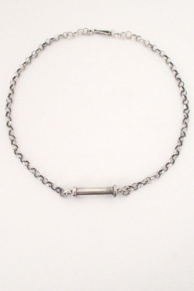 Andreas Mikkelsen sleek, simple choker