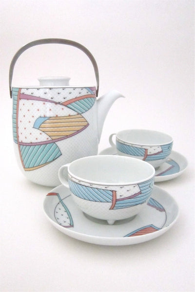 Tapio Wirkkala and Dorothy Hafner for Rosenthal vintage Century New Wave teapot, cup and saucer