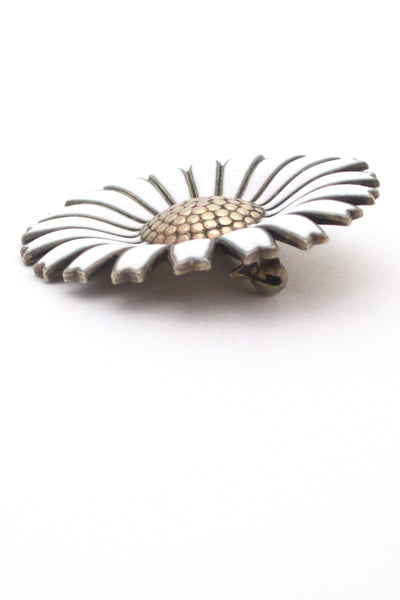 Anton Michelsen classic 'Marguerite daisy' brooch - large