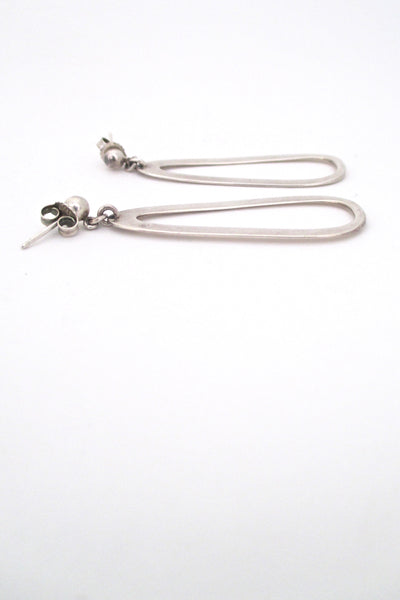 profile Darla Hesse Canada vintage silver drop earrings