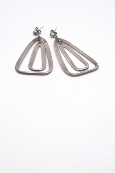 detail Darla Hesse Canada vintage silver double drop kinetic earrings